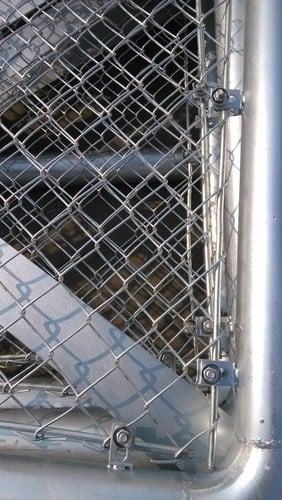 Assembling And Hanging Guide At Chain Link Gate