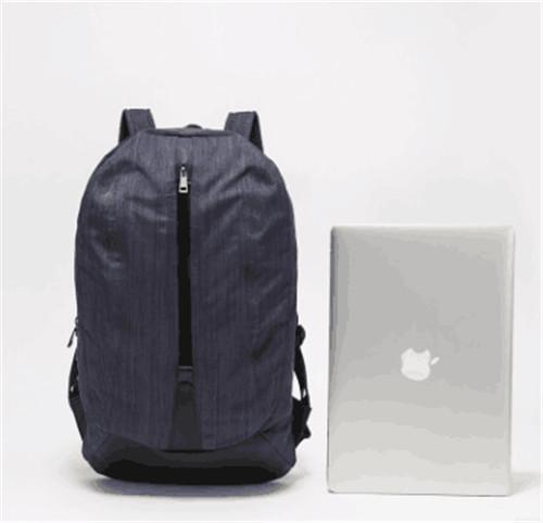 2019 New Design Canvas Bag Zipper Closed Backpack Men's Bag