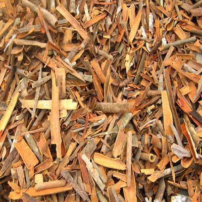 Yellow Color Broken Cinnamon