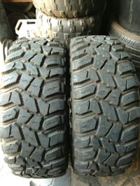 Black Rubber Jeep Tyres