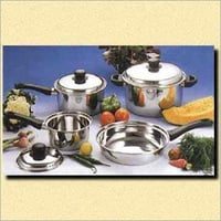 Sandwich Bottom Stainless Steel Cookware Set With Phenolic Handle