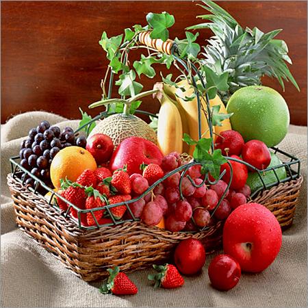 Plum / Strawberry / Litchi/ Natural Fresh Fruits