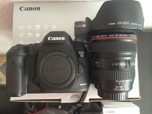 Digital SLR Camera (Canon EOS 5D Mark III)
