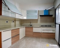 Customized Type Modular Kitchen