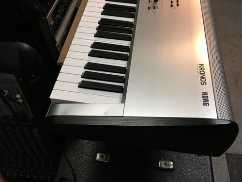 Korg Kronos 88 Keys Working Station Musical Keyboard