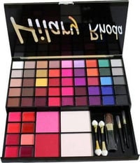 HR Hilary Rhoda Makeup Kit