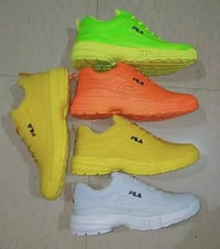 Single Colour Casual Sports Shoes
