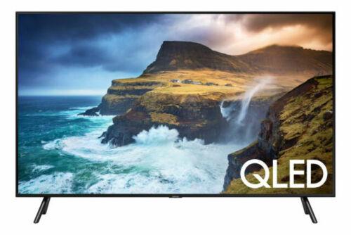 Flat LED Smart TV