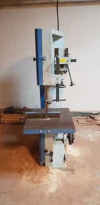 Automatic Vertical Wood Cutting Bandsaw Machine