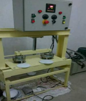 Fully Automatic Hydraulic 3 Roll Paper Plate Making Machine