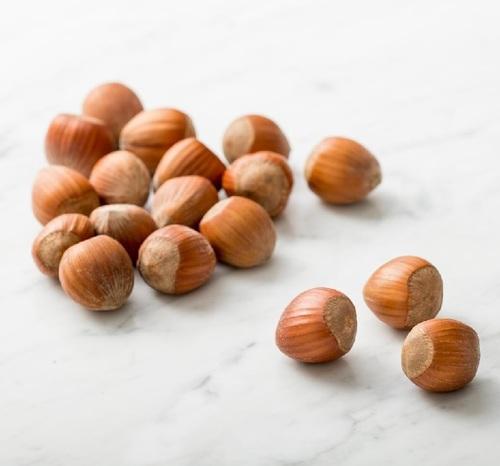 Dried Brown Raw Hazelnuts