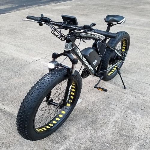 Triad Nakto All-road 750W 26 Inch Fat Electric Bike