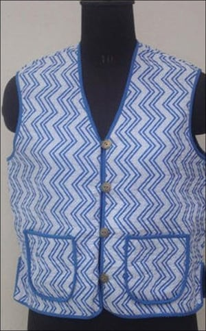 Ladies Sleeveless Quilted Jackets