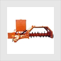 Sturdy Frame Structure Compost Turner