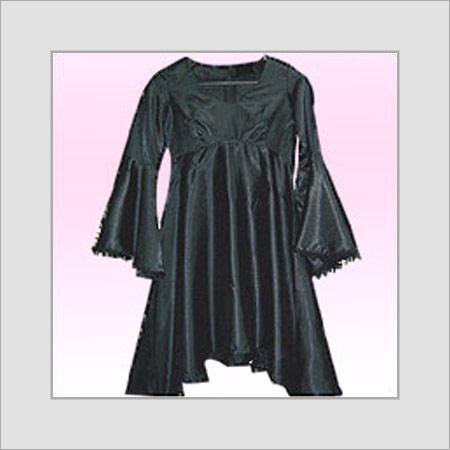 Black Skin Friendliness Evening Short Gown