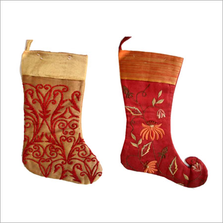 Burgundy Easy To Use Christmas Stockings