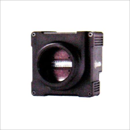 Color Trilinear Camera
