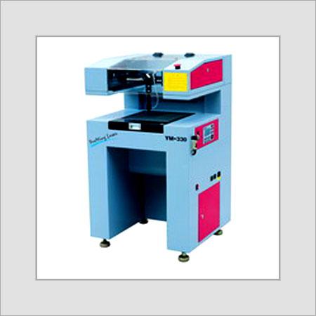 Semi-Automatic Label Laser Cutting Machine