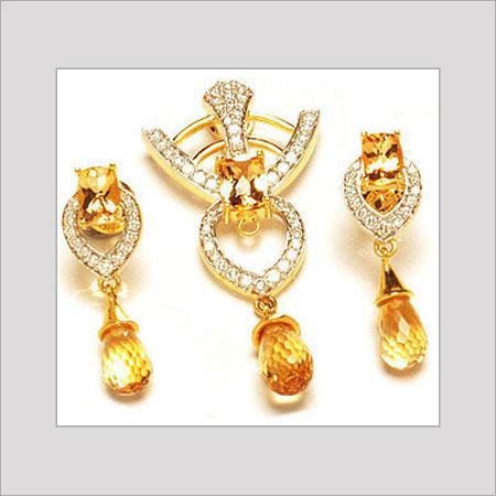 Ladies Eros Diamond Pendant Excellent