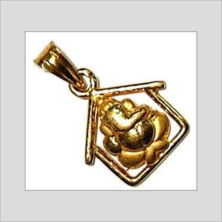 1b13823144fd8 Gold Pendants in Chennai, Tamil Nadu, India - GRT THANGAMALIGAL ...