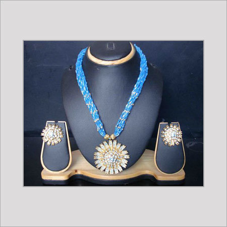 Various Colors Are Available Designer Glass Beaded Necklace