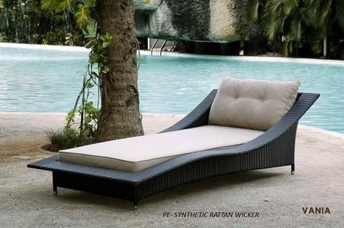 Synthetic Rattan Wicker Outdoor Daybed