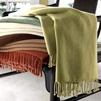 Plain Pattern Woolen Throws