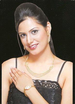 Fashion Ladies Diamond Studded Bracelet