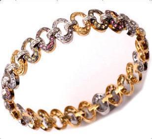 Fashion Ladies Diamond Studded Designer Bracelet