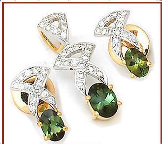 Multicolour Designer Diamond Pendants Good
