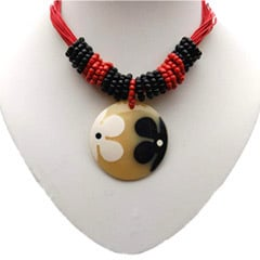 Ladies Fashionable Resin Necklace