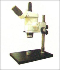 STREO ZOOM MICROSCOPES