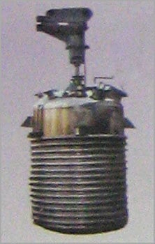 REACTION VESSEL WITH LIMPET COIL