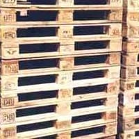 Wooden Pallets And Crates