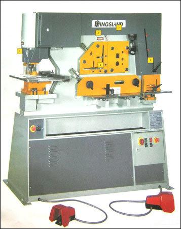 Hydraulic Steelworker Machine
