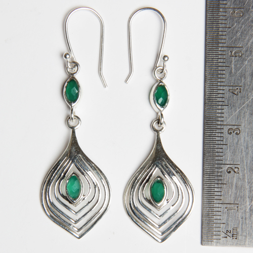 Romantic Design 925 Sterling Silver Green Onyx Earring