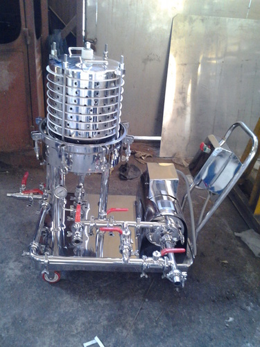 Zero Holdup Filter Press With Back Wash System