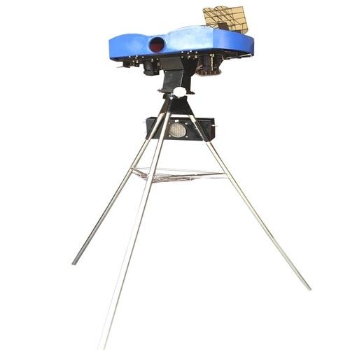 Cricket Bowling Machine Club Play (Low Cost Professional Machine)