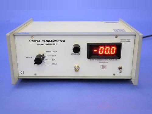 Digital Nanoammeter Model DNM-121