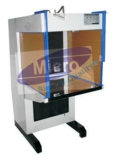 Laminar Air Flow Cabinet