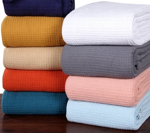 100% Cotton Waffle Customized Woven Travel Knitted Cellular Hospital Thermal Home Blankets