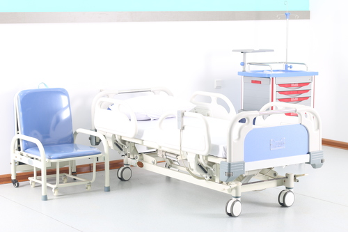Electric Hospital Bed With 4 Casters