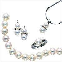 Fresh Water White Pearls