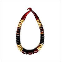 Precise Design Horn Necklace