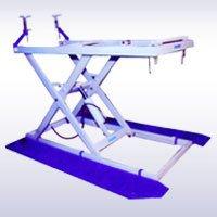 Hydraulic Three Wheeler Lift