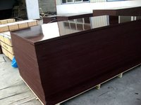 Robust Construction Plywood