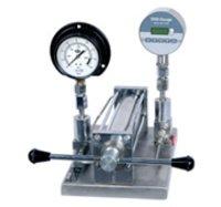 Pressure And Vacuum Gauge Comparator