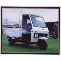 Auto Rickshaw (Pick Up 3 Wheeler)
