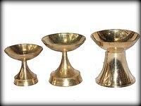 Round Brass Divi