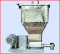 Loss in Weight Feeder (Feeder with Horizontal Agitator)